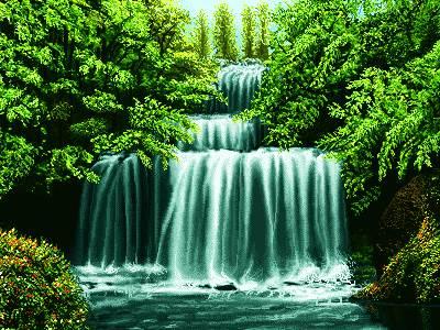 آبشار جنگل سبز