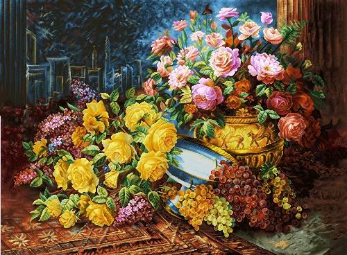 گلدان گلهای زیبا و انگور